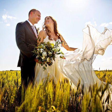 Intimate Backyard wedding in Alberta: Christine + Joel