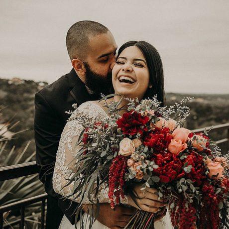 Intimate Wedding in Austin : Jalyssa + Nyle