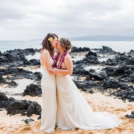 Maui Beach Elopement : Georgia + Rebecca